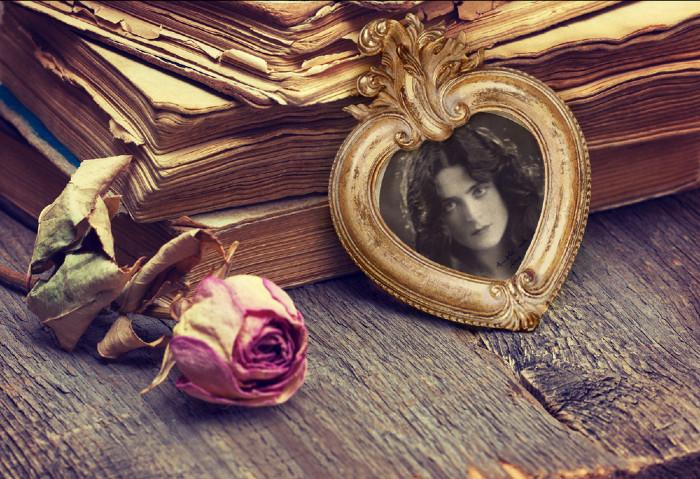 Harriet Cohen Frame.jpg