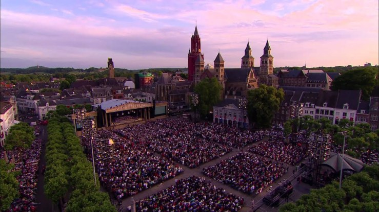 andre rieu and the johann strauss orchestra come home to maastricht