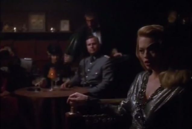 Seven of Nine Sings It Can't Be Wrong.jpg