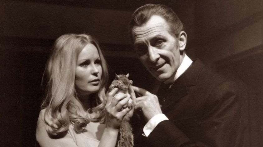 Veronica Carlson, Peter Cushing.jpg